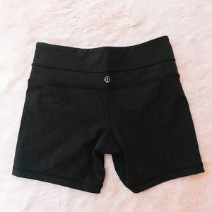 Lululemon Black Biker Shorts!!